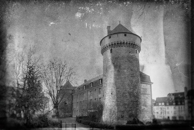 Chateau de Tours - Photo Guy Schladeck (collection particulière)