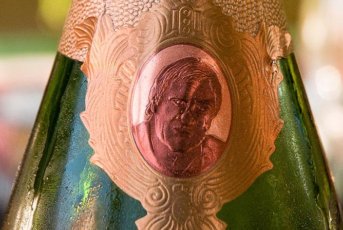 depardieu-bouteille-02 Photo Copyright Didier Laget