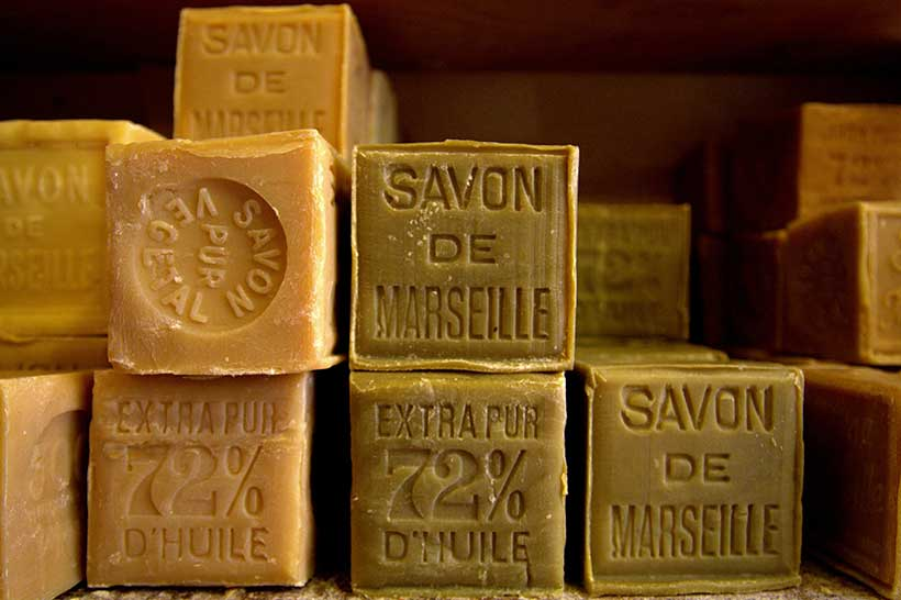savon-de-marseille photo Alvaro https://www.flickr.com/photos/alvarolopez/6269115281